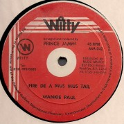 Frankie Paul - Fire De A Mus Mus Tail