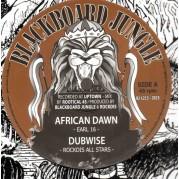 Earl 16 - African Dawn